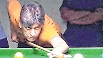 Geet Sethi overcomes spirited Atit Shah