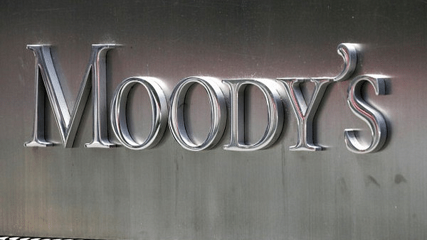 Moody's cuts GDP growth forecast