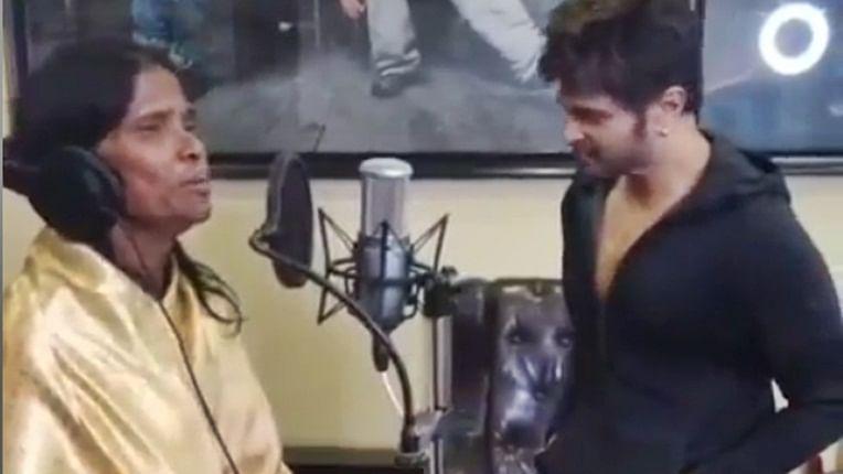 Himesh Reshammiya offers song to viral singer Ranu Mondal