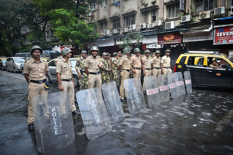 202 leaders & workers detained in Thane