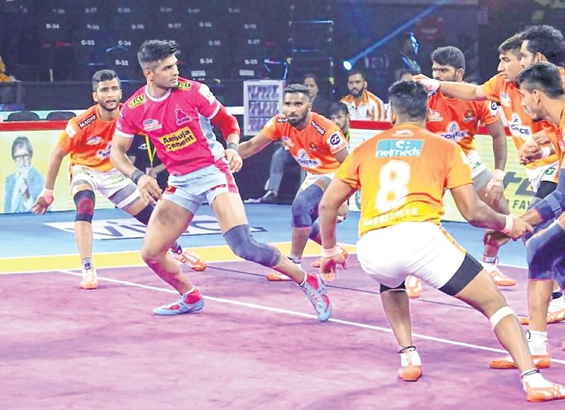 Jaipur Panthers overcome Paltan