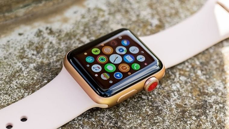Apple Watch 5 to come in ceramic and titanium versions