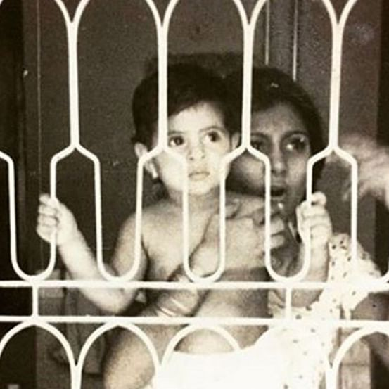 Shweta Nanda shares a throwback picture of her and mother Jaya Bachchan