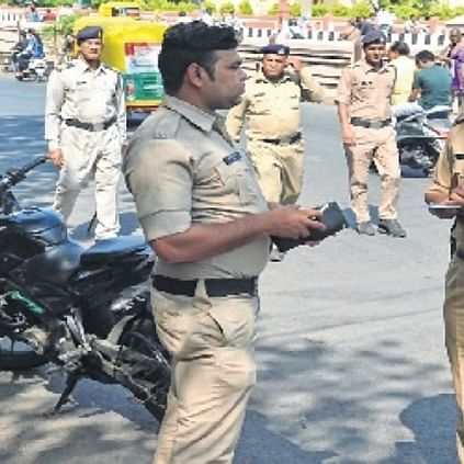 Bhopal: Hefty fines on commuters breaking traffic rules, evoke mixed response from experts, officials