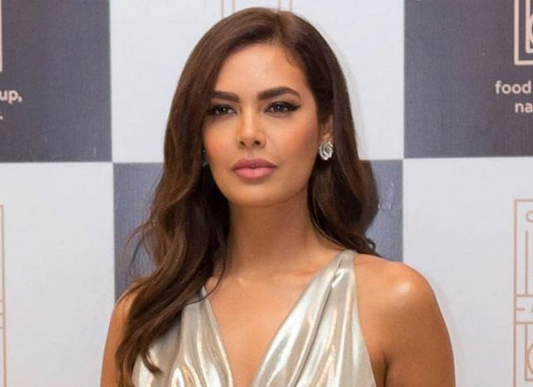 Post LFW 2019 Esha Gupta meets with accident; posts details of culprit on social media