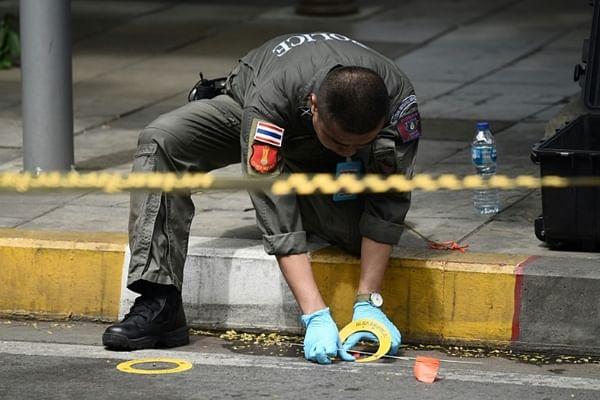 Bombs rattle Bangkok during ASEAN summit, three injured