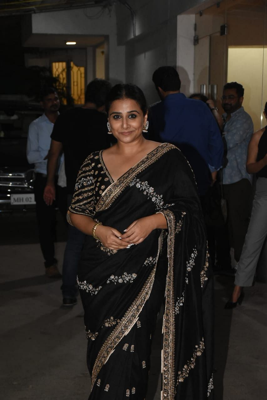 Vidya Balan was spotted at this special screening of Mission Mangal in a black elegant saree.