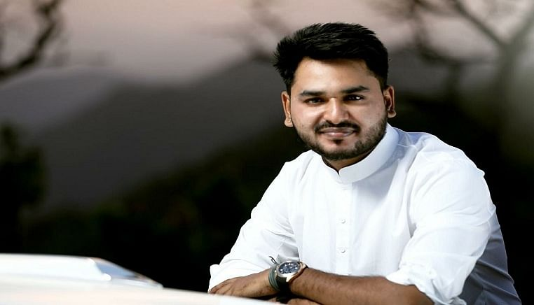 Dignitary Kiran Khabad's motivational journey to achieving success!