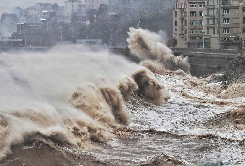 Typhoon Lekima hits southeast China, orange alert issued
