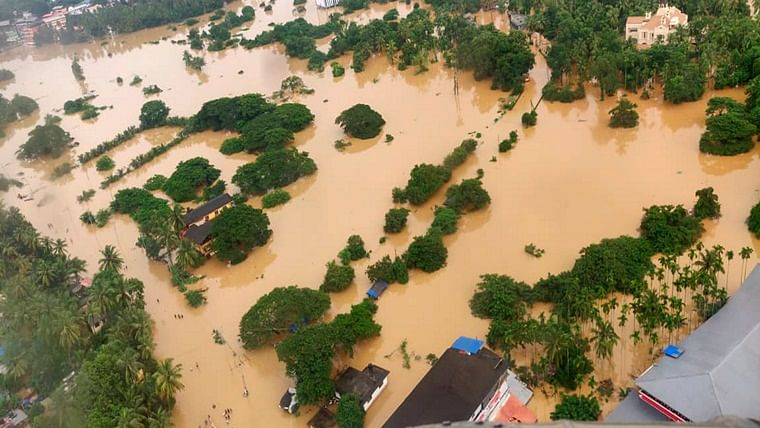 Death toll climbs to 60 in Kerala, over 2 lakh in relief camps