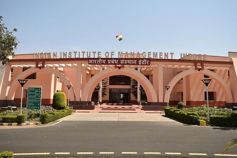 IIM Indore alumni relive college days