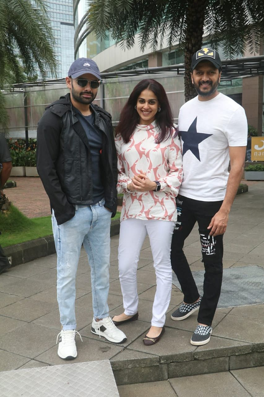 Riteish Deshmukh with wife Genelia with south supetstar Ram Pothineni spotted at  Yauatcha in BKC
