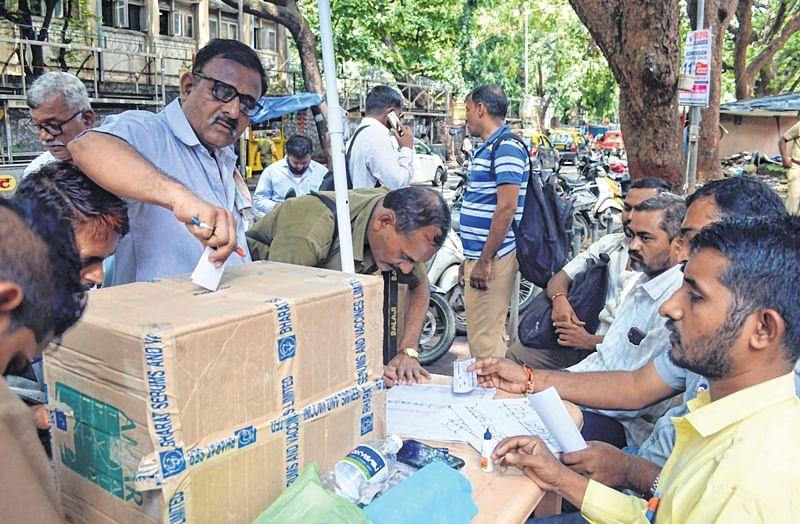 Mumbai: Votes to decide on BEST strike