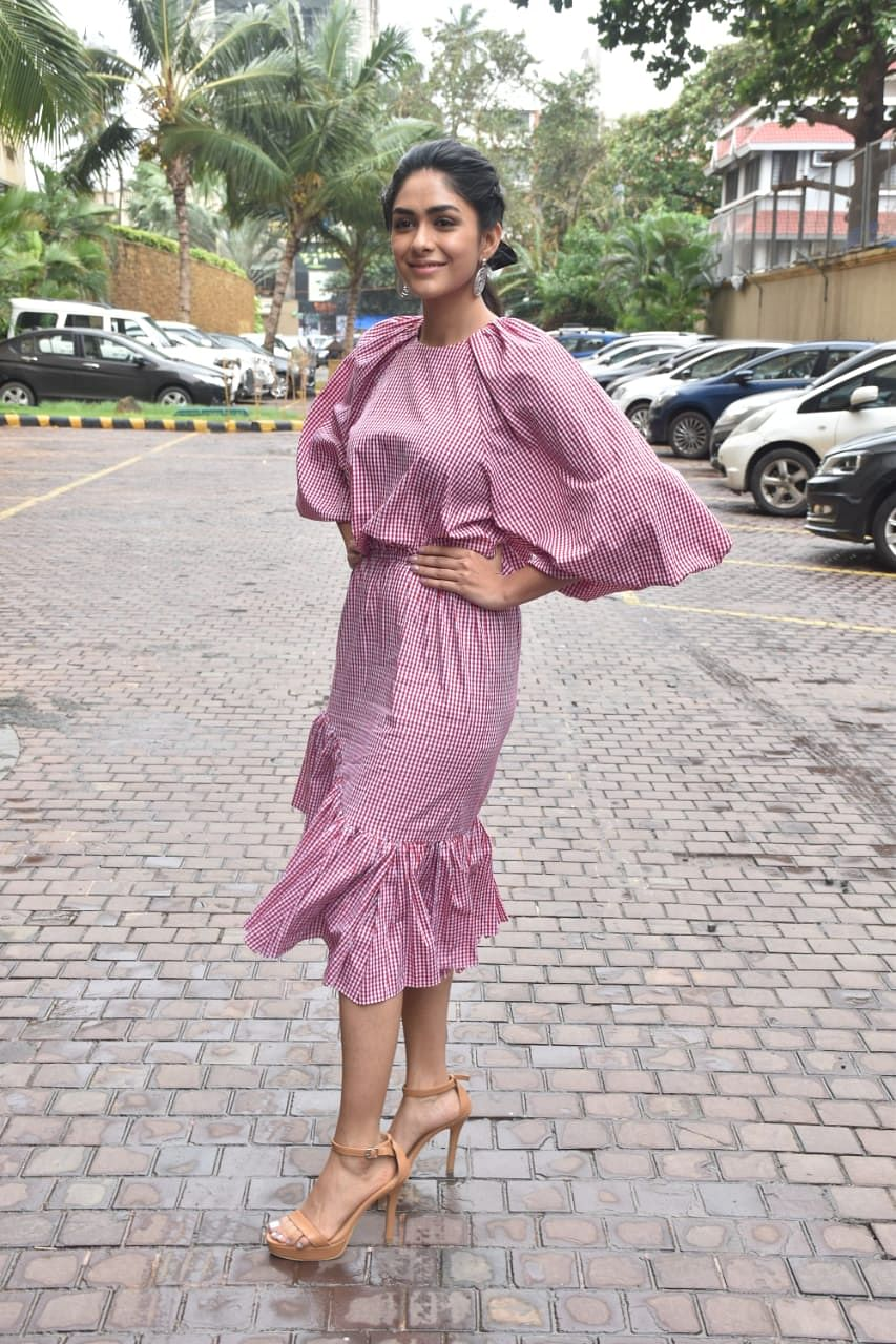 PHOTOS: Bhumi Pednekar, Hina Khan, Sunny Leone and others spotted around Mumbai