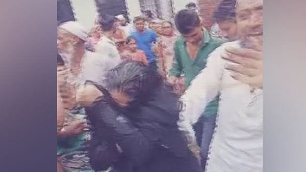 UP: Woman thrashed by mob on suspicion of child-lifting in Saharanpur