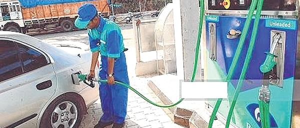 Fuel: Netas, babus benefit in MBMC while citizens pay