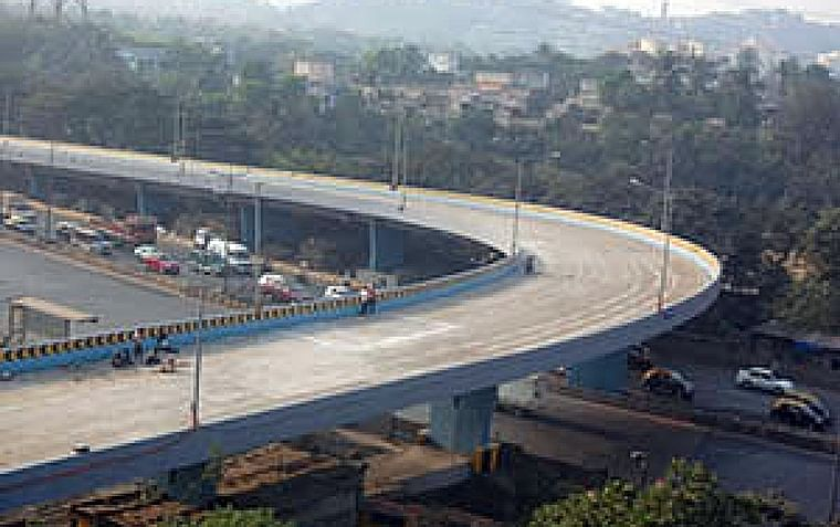Bhopal: NHAI engineers & contractors to be booked over poor construction
