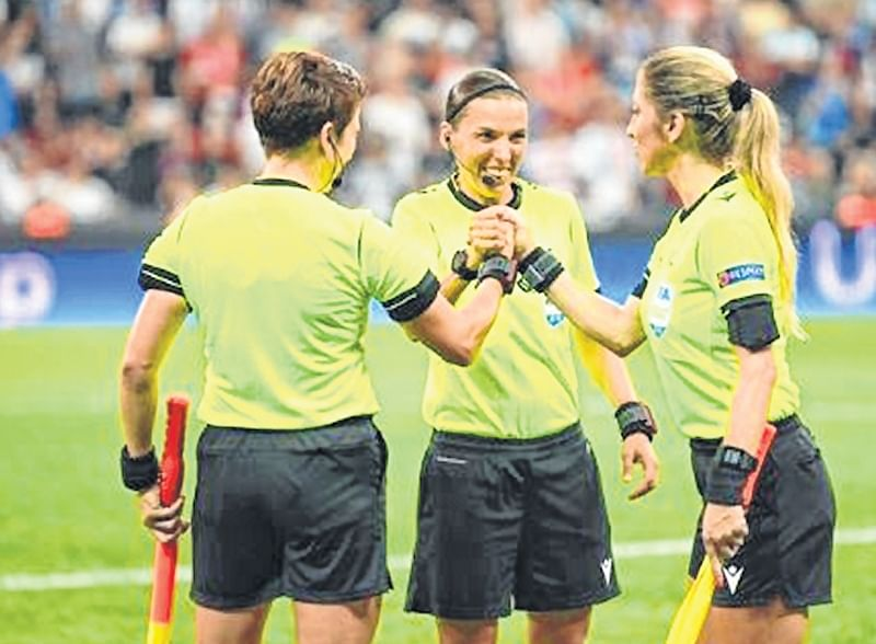 UEFA Super Cup: Super show Stephanie Frappart!