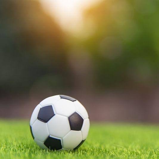 Sellebrity FC start on a winning note