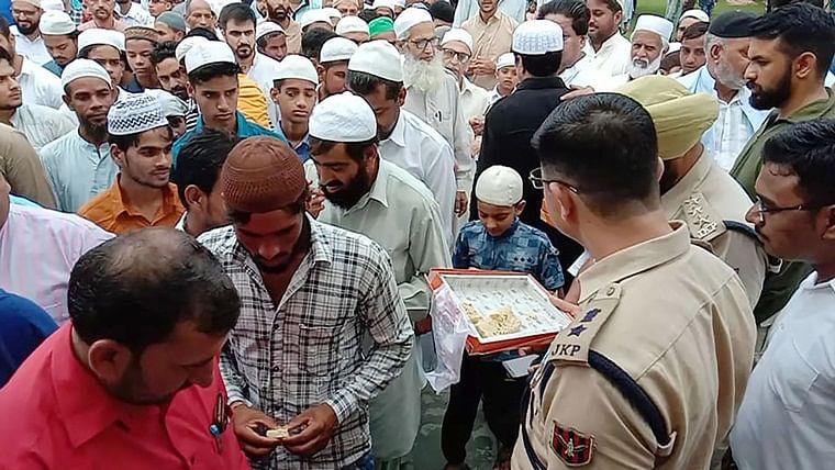 Low key Eid al-Adha in Kashmir amid restrictions, prohibitory orders