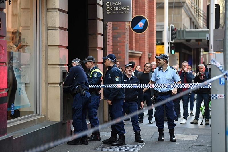 Man goes on knife rampage in Sydney, one injured