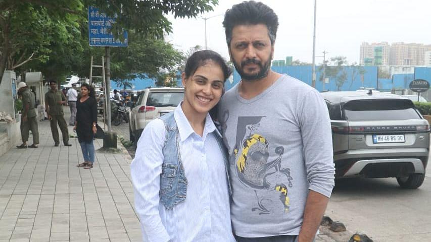 Actor Ritesh Deshmukh and wife Genelia