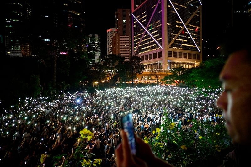 "Hong Kong protesters form human chain across city 30 years after ""Baltic Way"""