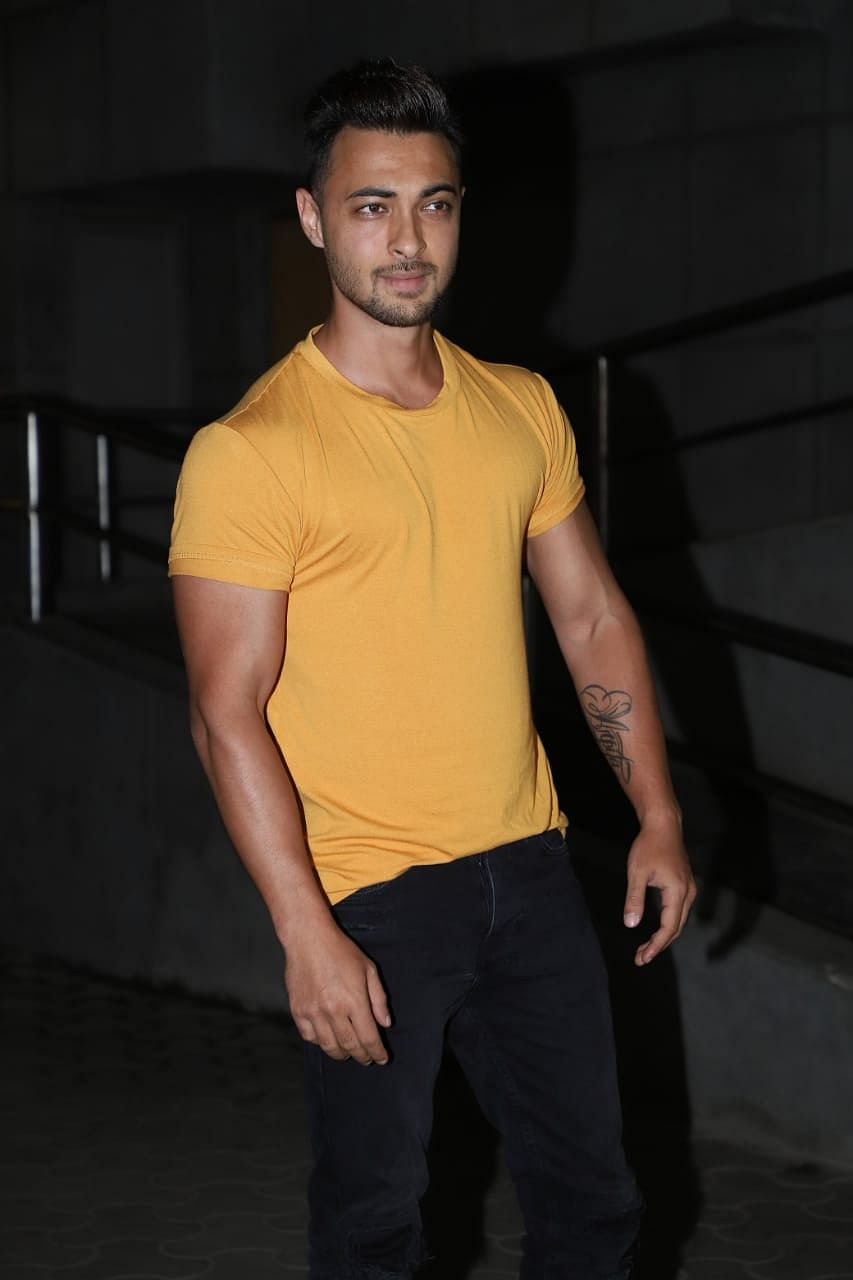 Aayush Sharma who is gearing up for his next an action film, was seen  in a casual avatar