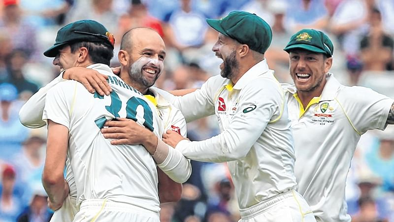 Australia come back hard to bury England for 146 on the final day; win by 251 runs and go 1-0 up