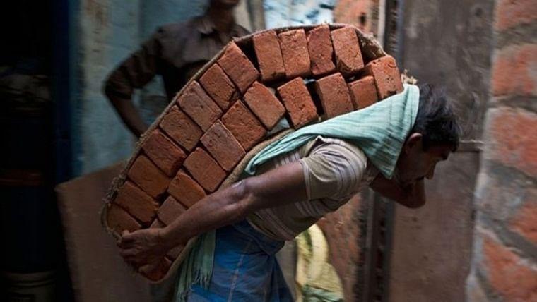 Bhopal: Poor construction irks Mayor Alok Sharma