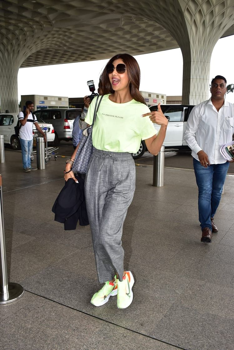 Shilpa Shetty Kundra was clicked at Mumbai airport in a cool avatar.