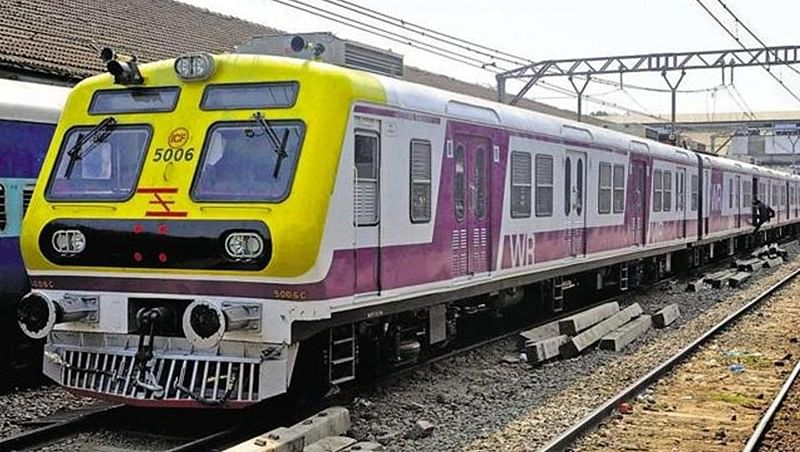 Western Railway services hit for 15 minutes as OHE trips
