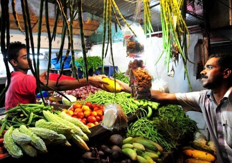 Heavy rainfall makes vegetables, fruits and milk unaffordable for average Mumbaikar