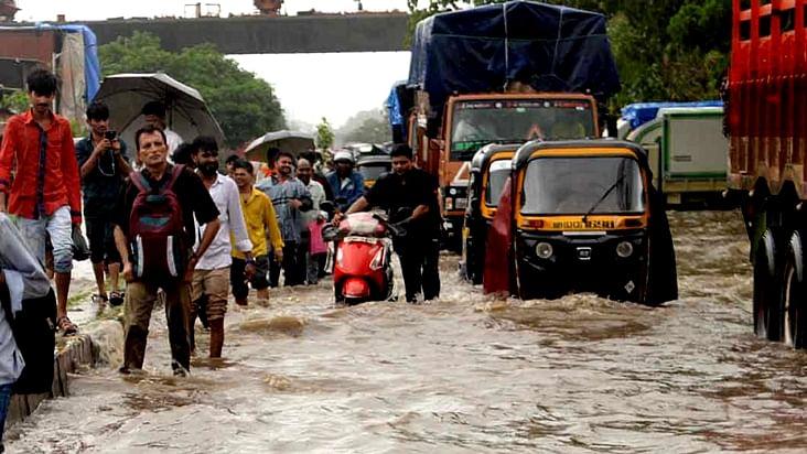 Heavy rains pound Mumbai; normal life, rail traffic hit hard