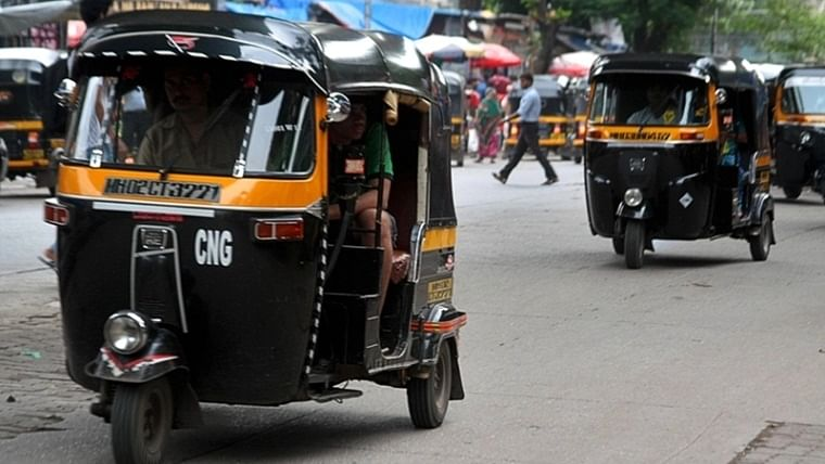 Maharashtra to reduce plying age limit of autorickshaws to 15 years