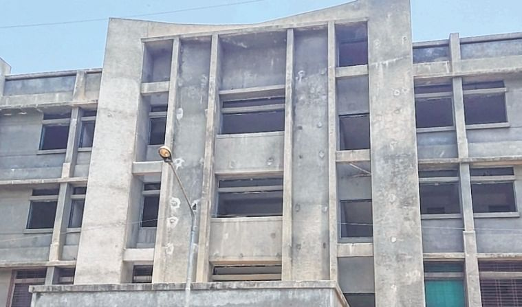 Bhiwandi building develops crack, evacuated