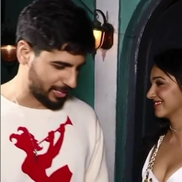 What's cooking? Sidharth Malhotra leaves with Kiara Advani in the same car post her birthday bash