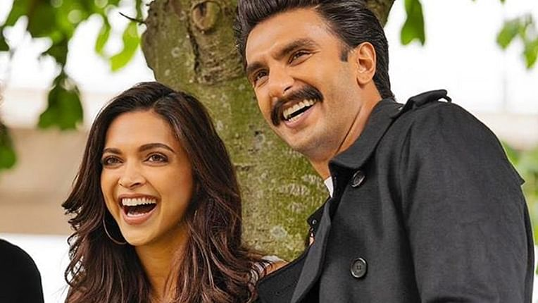 Deepika Padukone tags Ranveer Singh  in a hilarious meme, check out his reaction