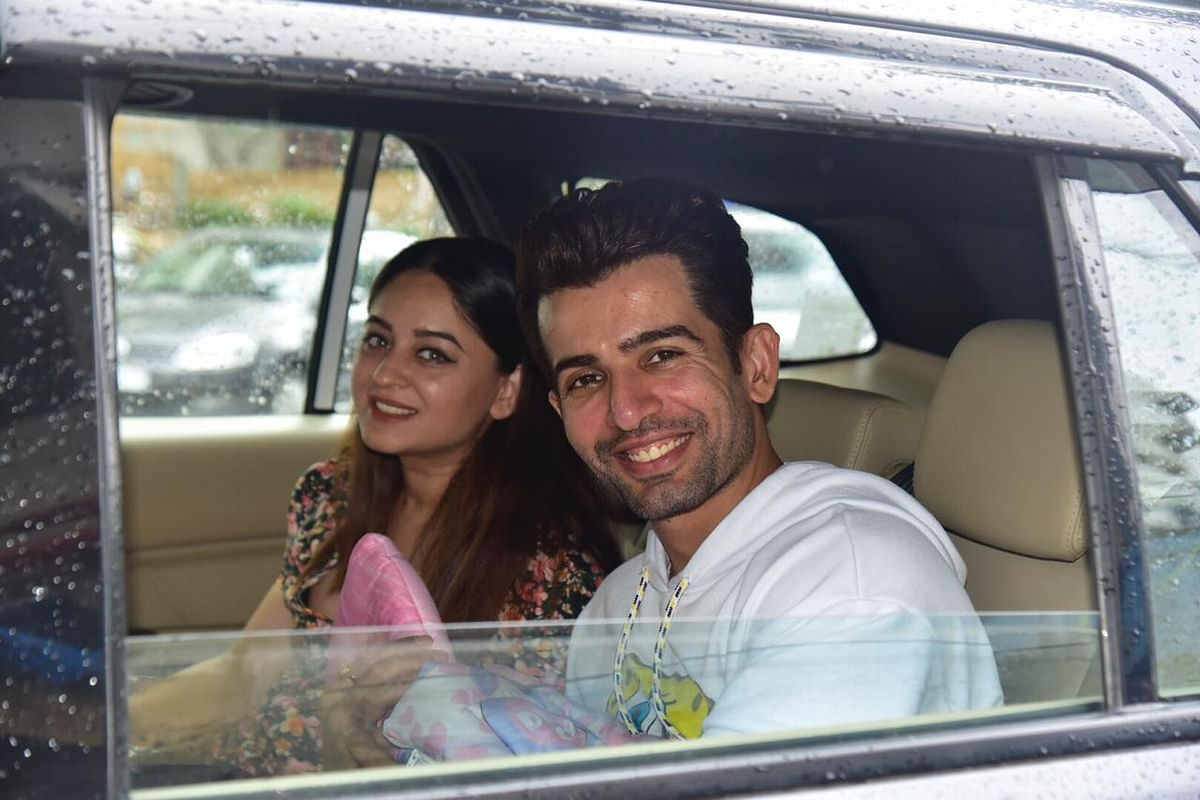 Actor Jay Bhanushali and Mahhi Vij were snapped with their newborn as discharged from the hospital.