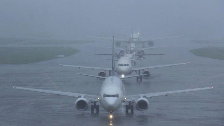 20 flights cancelled, 280 delayed as incessant rains lash Mumbai