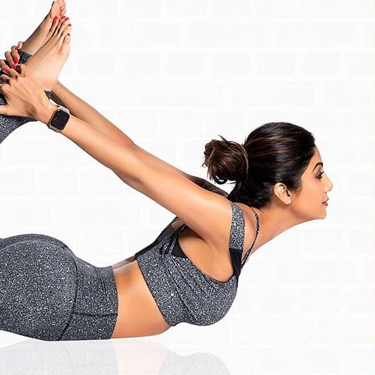 Shilpa Shetty gives Monday motivation as she nails  Vrischikasana in her recent post