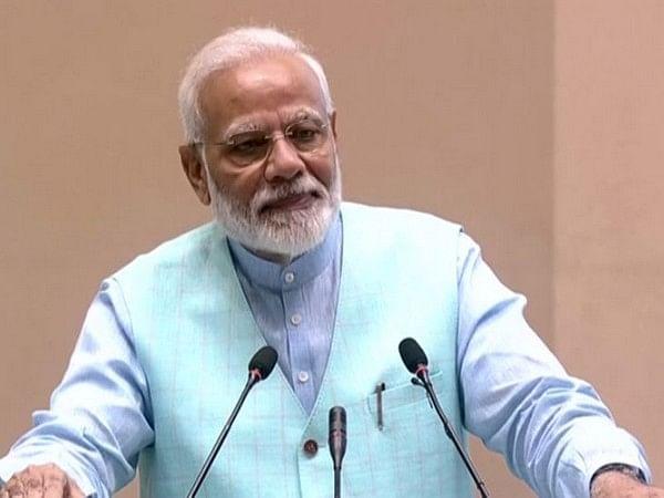 PM Modi seeks participation of teaching community in curbing single-use plastic