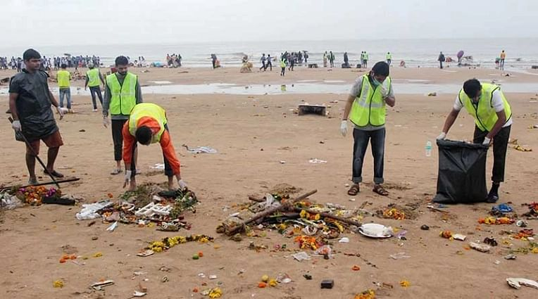 Your list of post visarjan beach cleaning initiatives