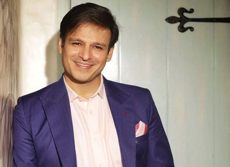 Vivek wishes luck to Abhishek for 'The Big Bull'