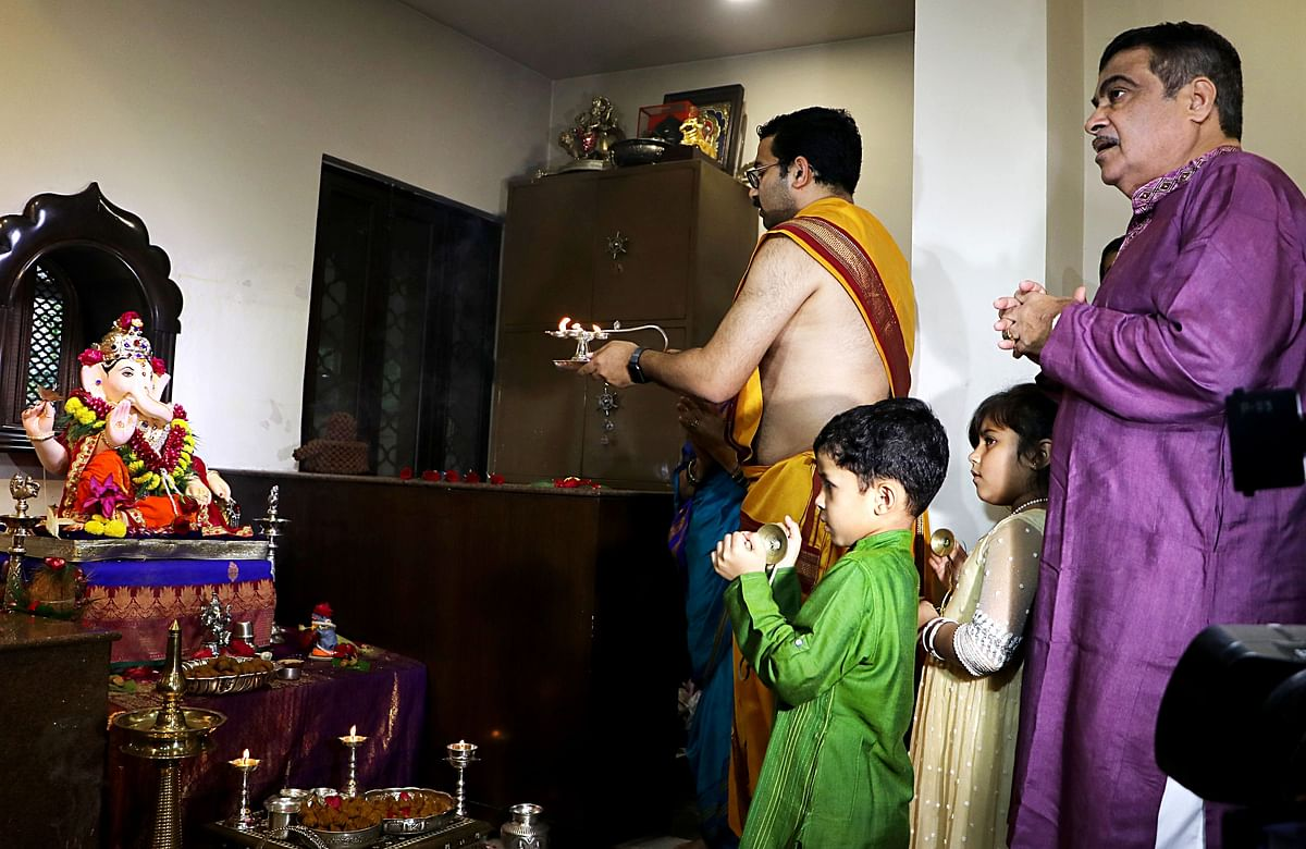 Union Minister Nitin Gadkari with his family offer prayers to Lord Ganesha on the occasion of Ganesh Chaturthi festival at his residence in Nagpur