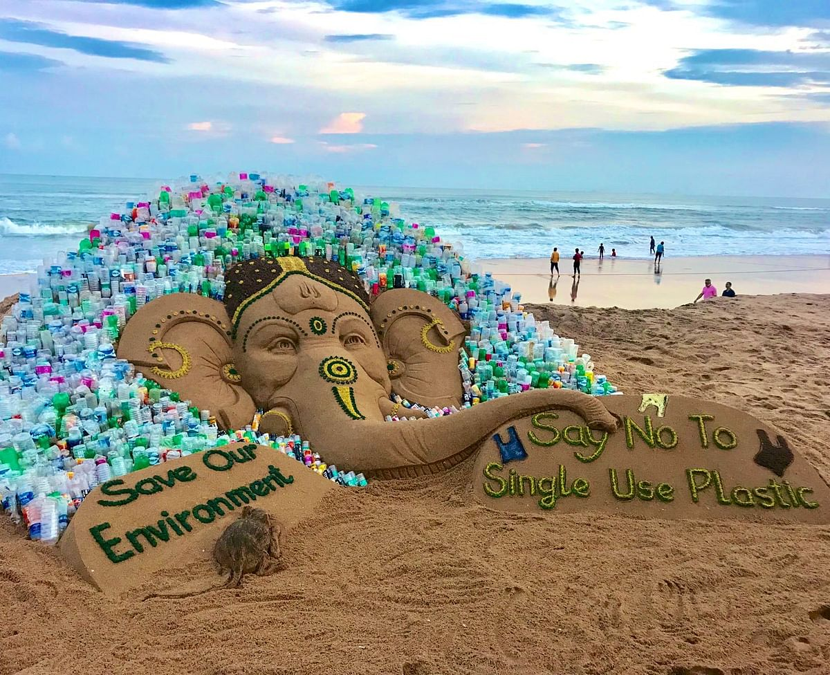 """In Odisha, Sand Ganesh was made by Sudarsan Pattnaik with a message """"Say no to single-use plastic, Save Environment""""."""