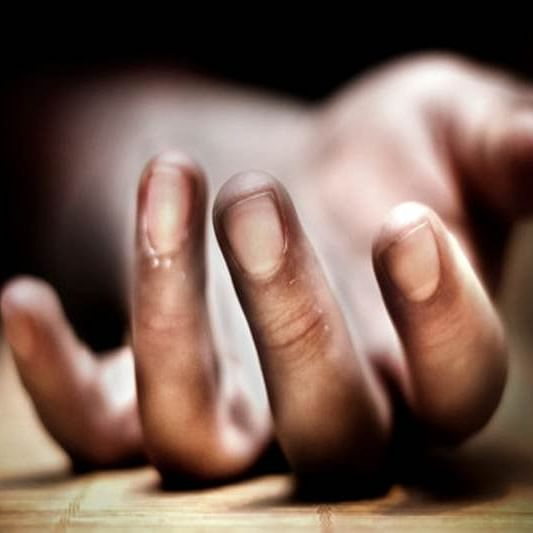 Thane: 28 -year-old woman commits suicide after killing her two children