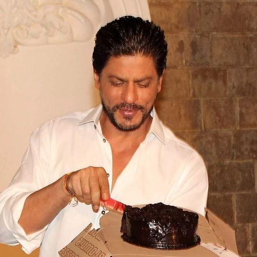 Twitterati begins countdown with #50DaysForSRKDay ahead of Shah Rukh Khan's birthday