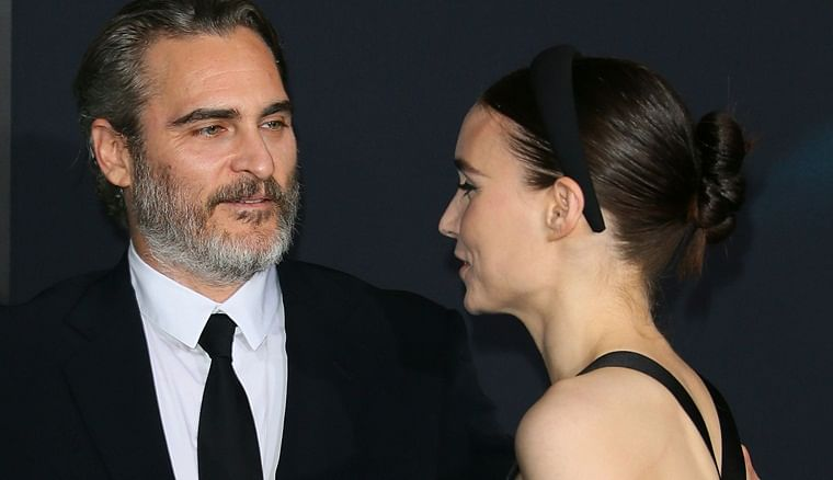 Joaquin Phoenix and his wife Rooney Mara get mushy at 'Joker' premiere