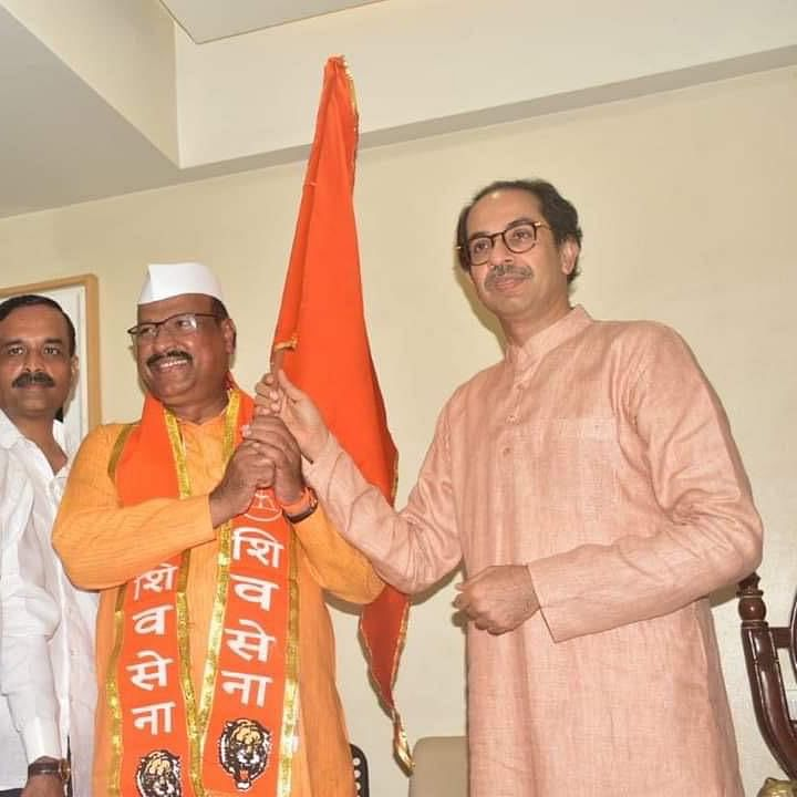 Maharashtra: Congress MLA Abdul Sattar joins Shiv Sena
